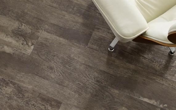 Luxury vinyl flooring | J/K Carpet Center, Inc